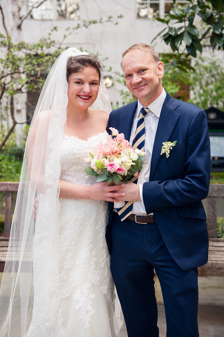 Wedding photographer St Brides Church London